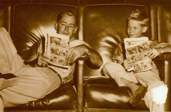Reading Comics Postcard # 208 - Alan Ladd